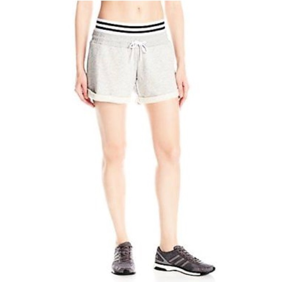 Adidas Online Shop : Adidas Roll up Jeans Shorts Verkauf